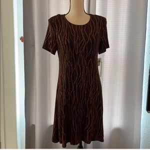 Dresses & Skirts - NWT Vintage Molly Malloy Petite Metallic d…